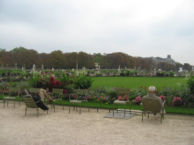 October 2006 ever - Monoprix boulevard saint germain ...